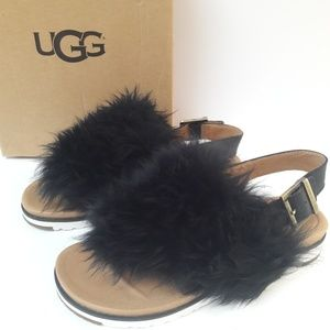 New UGG Holly Sandals Size 7